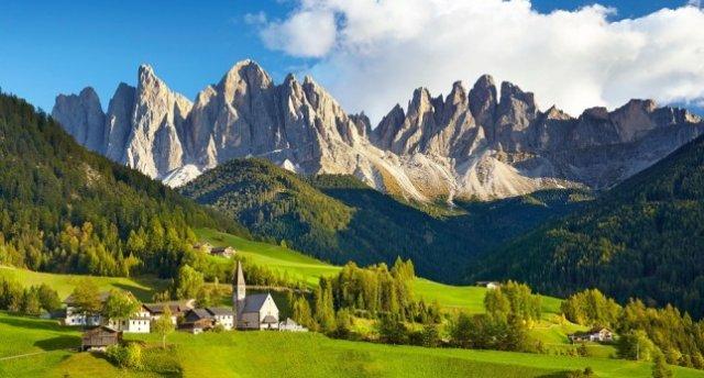 «Itālija - Dolomītalpu virsotņu tuvums Itālijā!» EKSKURSIJAS IEKĻAUTAS CENĀ!