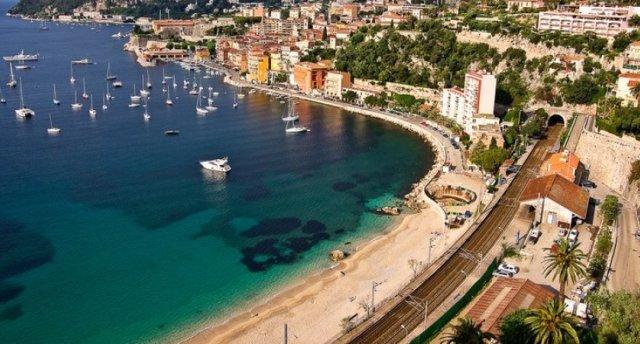 Francijas Azūra krasts ar atpūtu Spānijā