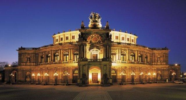 Berlīne-Prāga-Drēzdene (Lūgums pievērst uzmanību, ka tūres cena var mainīties, sakarā ar aviobiļešu sadārdzinājumu)