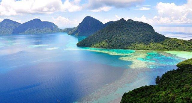 Singapūra-Malaizija ar pludmales atpūtu skaistajā Langkawi salā