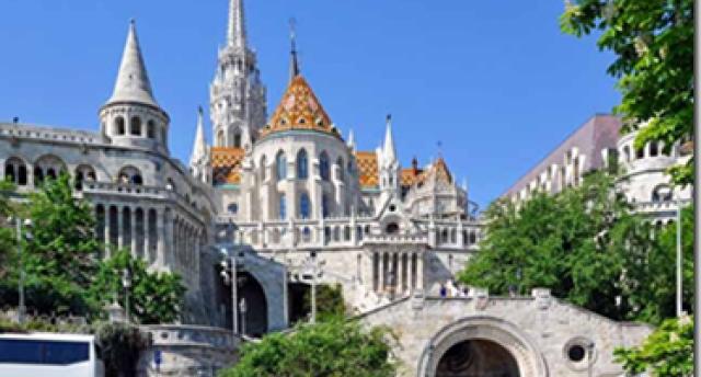 Trīs galvaspilsētas: Vīne – Budapešta – Bratislava, vīna degustācija, izbrauciens ar kuģīti