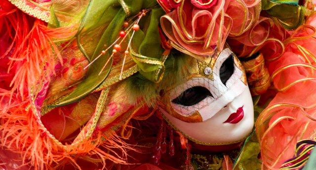 Venēcijas karnevāla burvība 2018! EKSKURSIJAS IEKĻAUTAS CENĀ! Vīne – Murāno – Burāno – Venēcija – Verona – Grāca