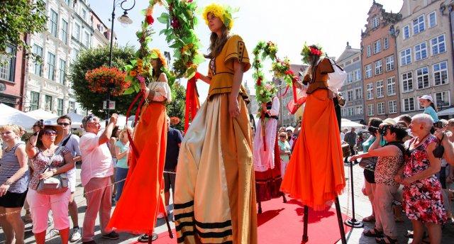 «Ziemeļpolija un Sv.Dominika festivāls Gdaņskā!» Jūs priecēs ielas akrobāti, muzikanti, dejotāji un mākslinieki!