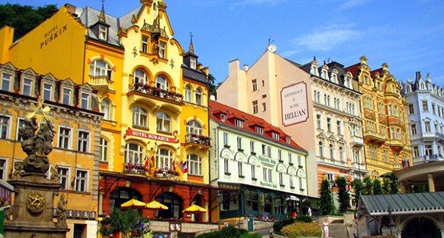 Čehijas pilis un Saksijas Šveices klintis, Drēzdene un Prāga.