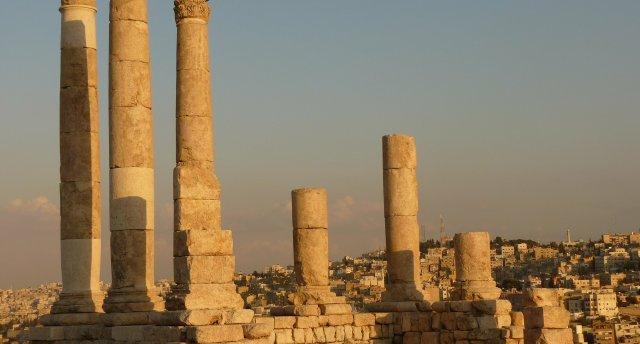 Saules nokrāsas Jordānijā un Izraēlā