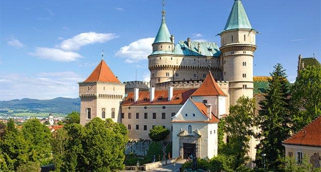 Slovākijas kalnu, alu un cietokšņu noslēpumi...