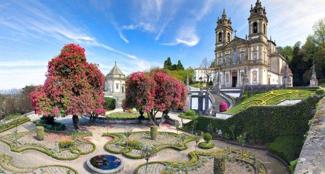 No Lisabonas līdz Porto Portugālē: maija svētki Doru portvīna ielejā!