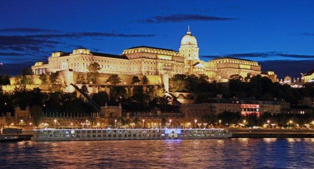 Ziemassvētki Ungārijā! BRAUCIENS NOTIKS!