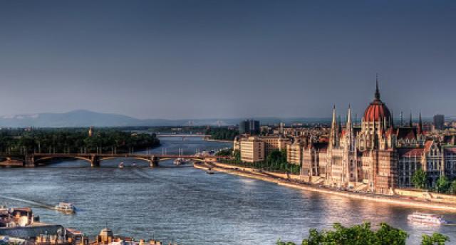 Serbija, Ungārija un Austrija - Donavas loki