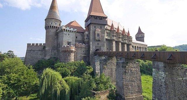 Transilvānijas noslēpumi! Pa grāfa Drakulas pēdām! Miškoļci – Sigišoara – Brašova – Bukareste. 7 neaizmirstamas dienas brīnumainajā Rumānijā!