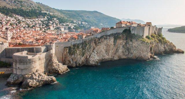 Burvīgā Horvātija! Zeme ar ideālu klimatu, nevainojamu ekoloģiju, tīru jūru un tirkīzsaļu ūdeni!