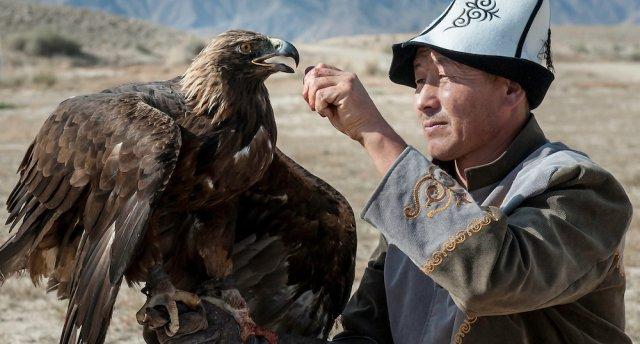 Dabas pārsteigumi Kirgizstānā un Kazahstānā maija brīvdienās!