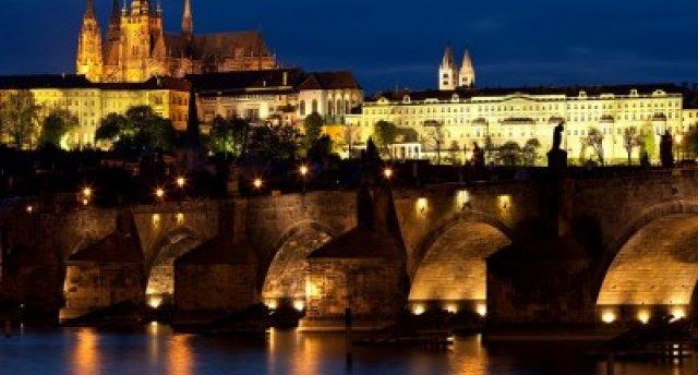 Prāga - Ceļojums ar autobusu uz Čehiju