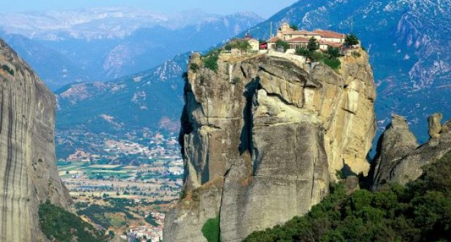 Balkānu iepazīšana pa seno romiešu ceļu – Maķedonija, Albānija, Grieķija... Ar atpūtu pie Ohridas ezera un Adrijas jūras!