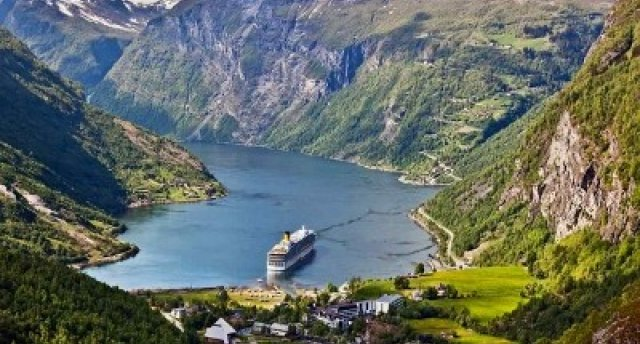 Norvēģijas fjordu kruīzs...