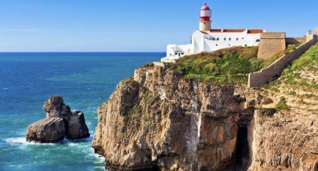 Portugāle ar atpūtu Portugāles dienvidos pie okeāna: gar okeāna piekrasti no Lisabonas līdz Algarvei...