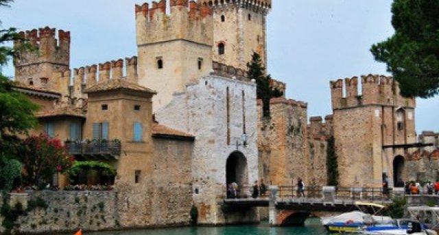 GARANTĒTS! Itālijas, Austrijas un Šveices Alpu ezeri, kā arī Milānas un Bergamo krāšņa arhitektūra. (Mondsee e. – Gardas e. – Komo – Komo e. (kruīzs) – Lugāno e. un pilsēta – Bergamo – Milāna - Brennera kalnu pāreja)