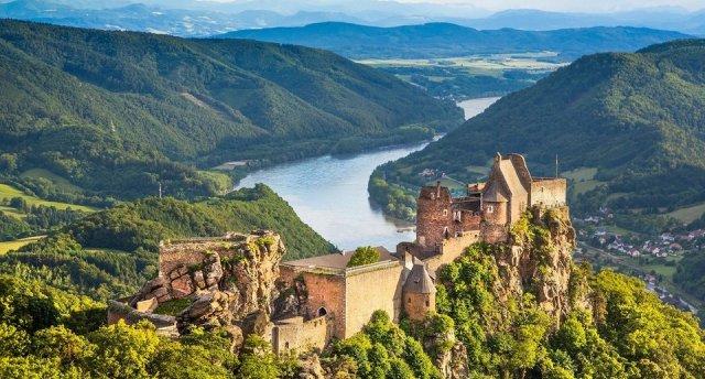 Vīne – Donavas loks – Brno vecpilsēta Lieldienu brīvdienās! GARANTĒTS