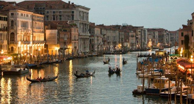 Atpūta Venēcijas Rivjērā! 10 dienas! Nirnberga - Verona - Venēcija - San Marino - Maranello - Florence - Sirmione!