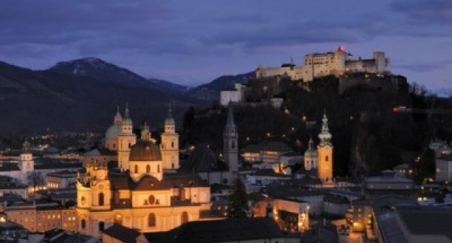 Brīvdienas Austrijā. (Vīne - Grincinga - Austriešu vakars - Zalcburga - Zalckammerguta - Mondzee - Šēnbrunnas pils - štrūdeļu šovs)