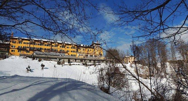 ASTORIA GRAND HOTEL (LAVARONE) 4 ★