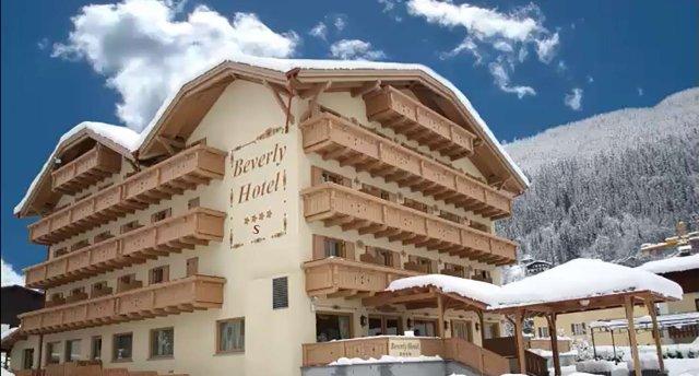 BEVERLY HOTEL 4★+ (netālu no pacēlāja)