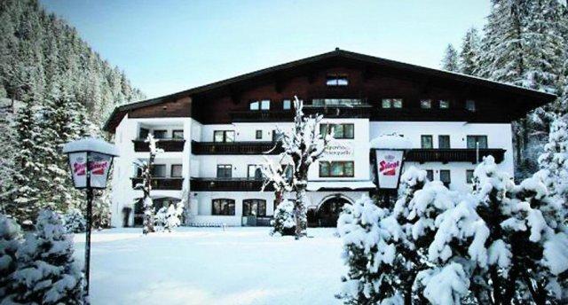 EVIANQUELLE HOTEL 3 ★