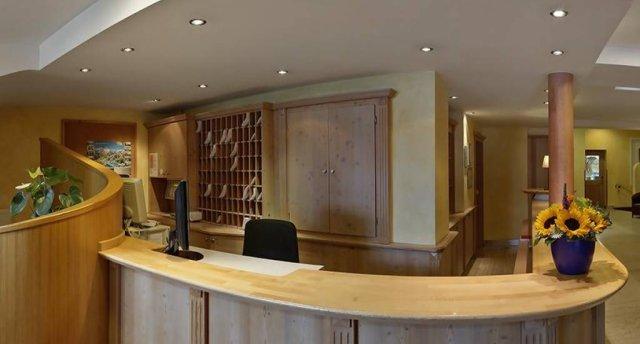 DER SCHUETTHOF HOTEL (ZELL AM SEE) 3 ★