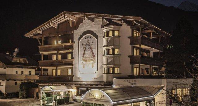 MARIA THERESIA HOTEL 3 ★