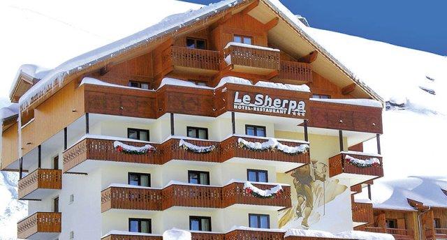 LE SHERPA 3★ (ski-in)