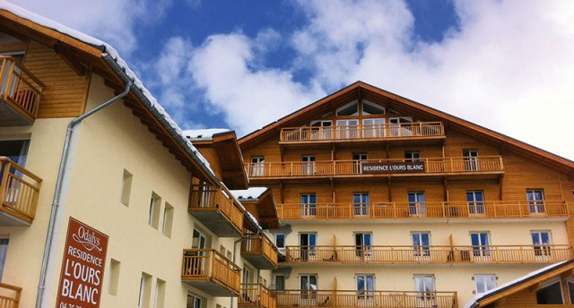 RESIDENCE L'OURS BLANC 3★