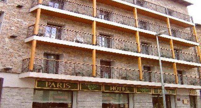 PARIS 3★